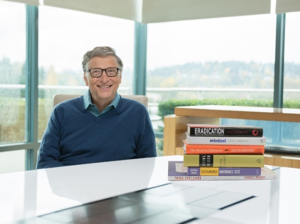 bill-gates-and-2015-books_1449833921
